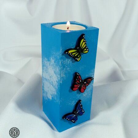 Drewniany świecznik Kolorowe Motyle