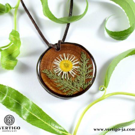 Wooden pendants for women