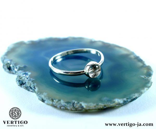 srebrny-pierścionek-kwarc-z-rutylem-niebieski-agat