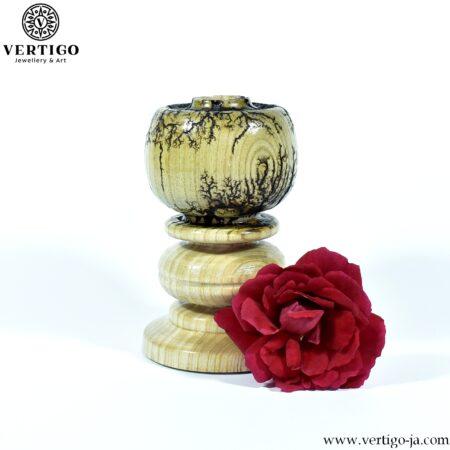 Camelot drewniany wypalany świecznik