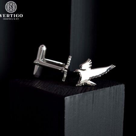Polerowane srebrne spinki mankietowe z jastrzębiami