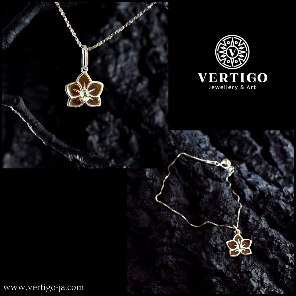 2 częściowy komplet srebrnej damskiej biżuterii z żywicą - żółte orchidee - bransoletka i wisiorek